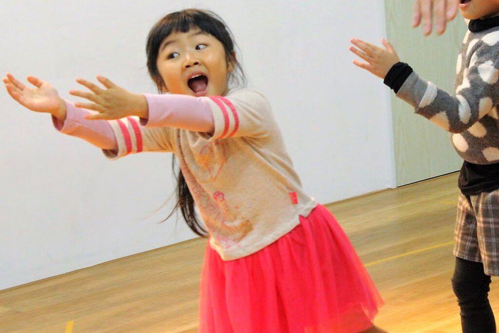 幼兒美語口說才藝課程熱情自信表達